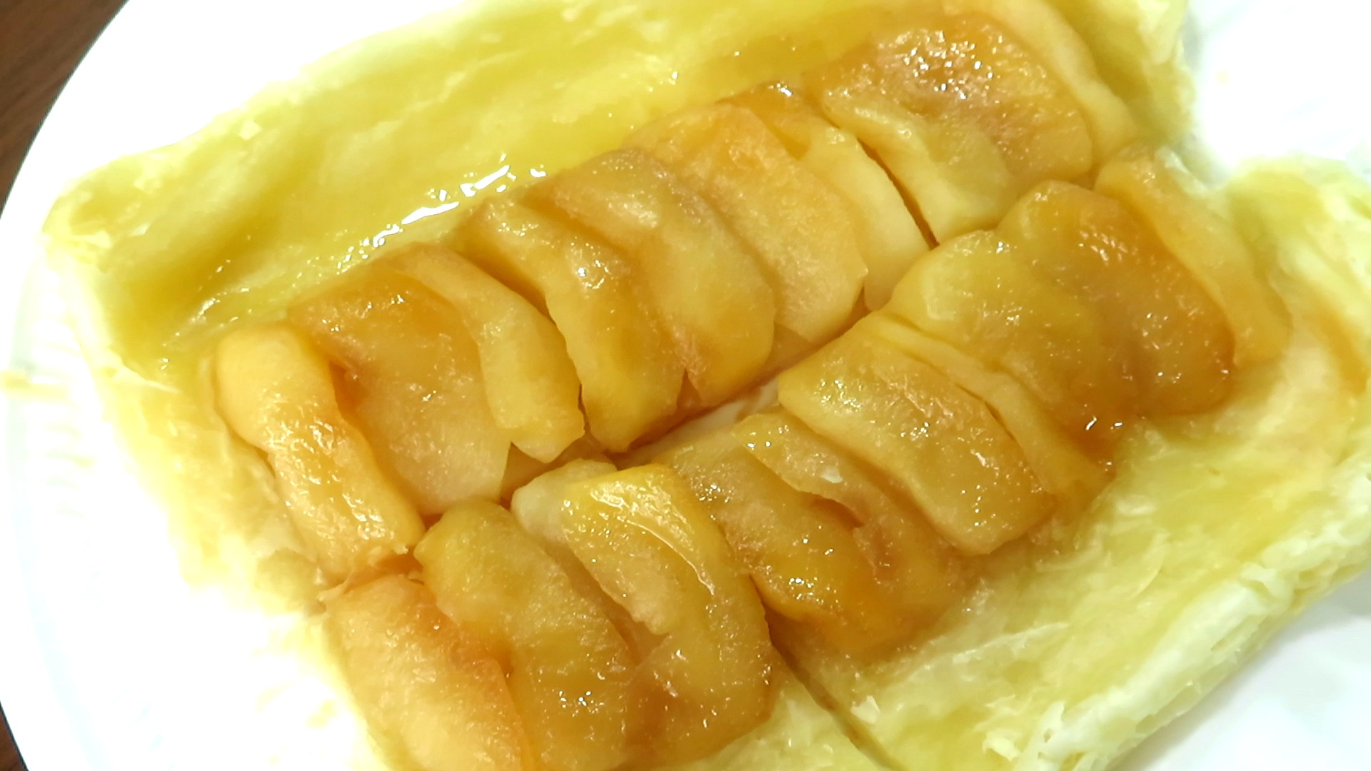 伝説の家政婦・志麻(シマ)さんが披露したリンゴのタルトタタン