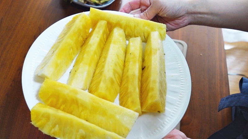 フィリピン産パイナップル